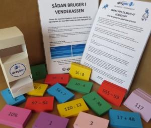 Vendekort og kasse_MAT_Sproggren